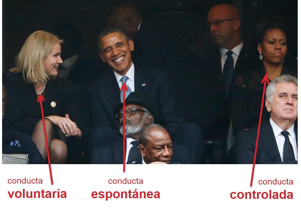 Las conductas de la primera ministra danesa, Obama y Michelle obama en el funeral de Mandela.