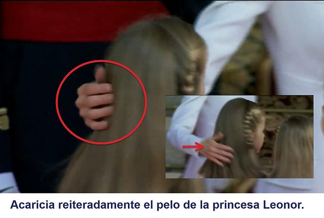 La reina Letizia acaricia reiteradamente el pelo de la princesa Leonor