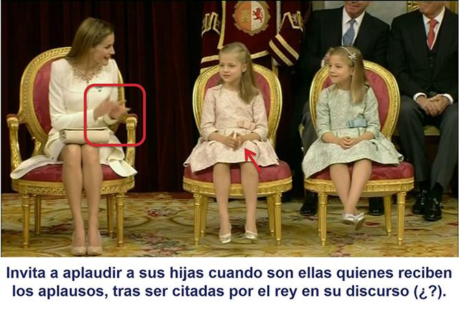 La reina Letizia invita a sus hijas aplaudir, cuando son ellas las que reciben los aplausos