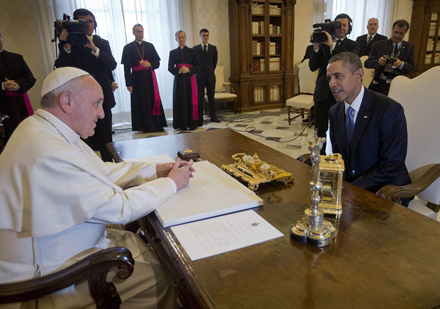 El papa recibe al presidente Obama