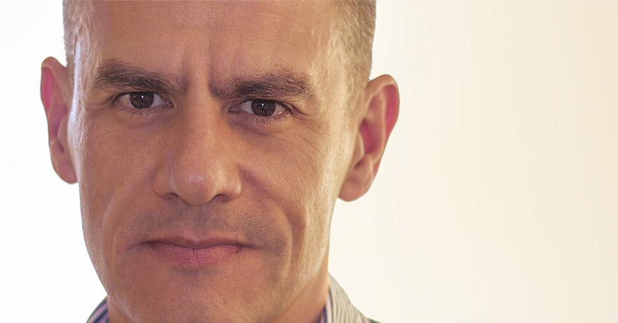 César Toledo, experto en comunicación no verbal