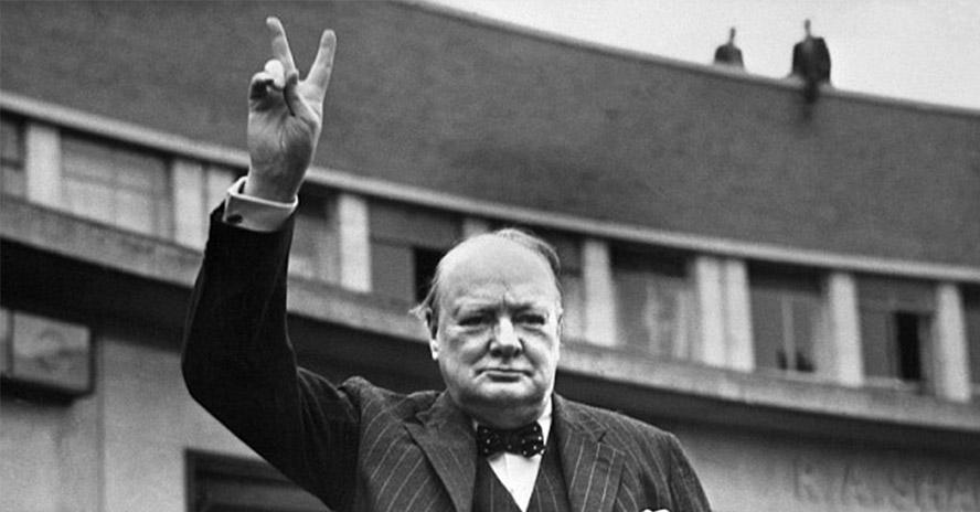 Análisis del gesto de victoria de Winston Churchill