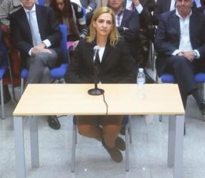 La infanta Cristina escucha acusación popular